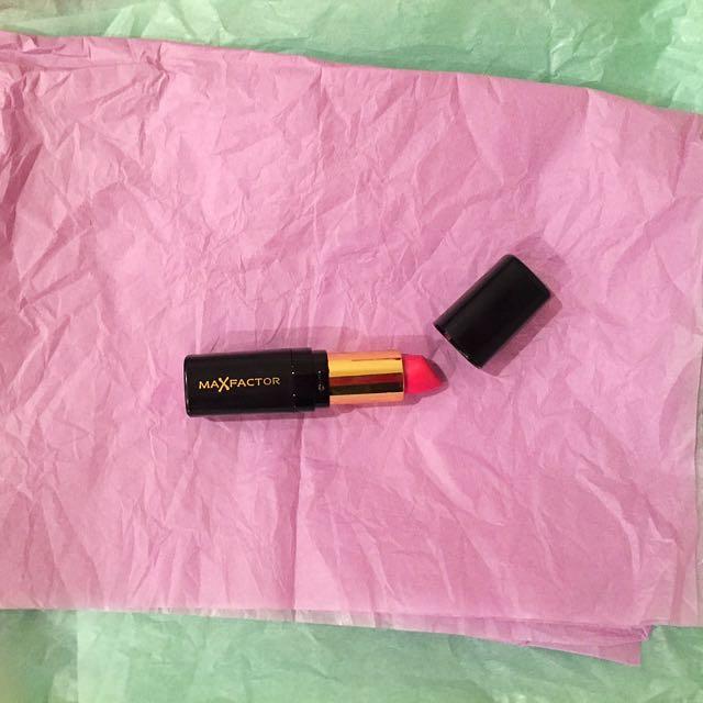"MaxFactor Lipstick ""Dusky Rose"""
