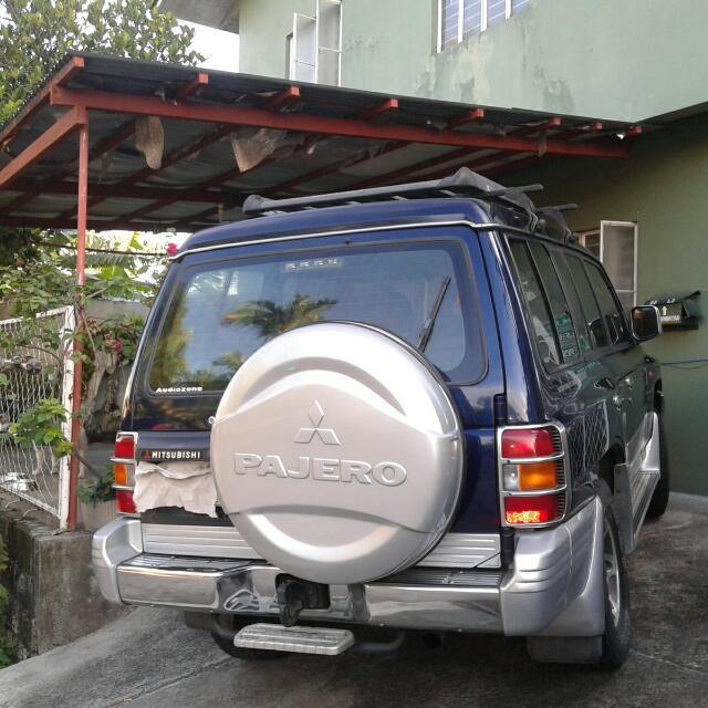mitsubishi pajero 2000 model