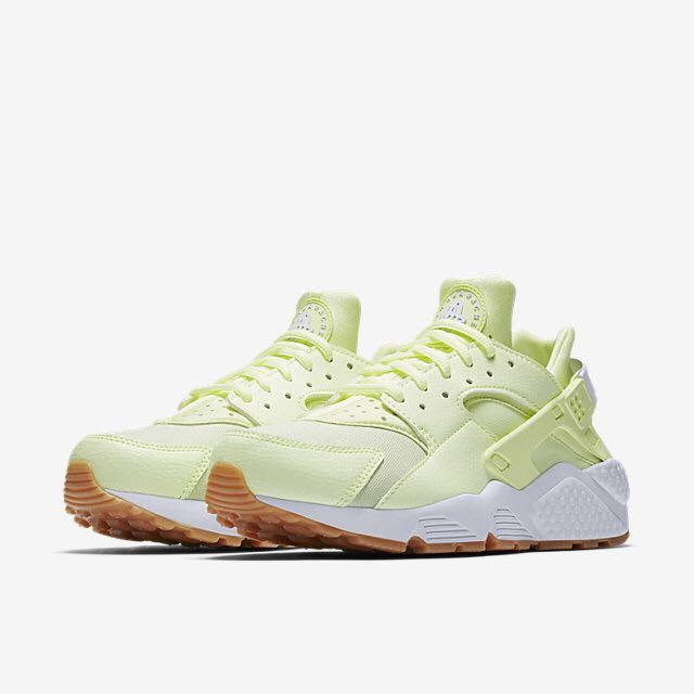 a32a8b417d90 Nike Air Huarache (Women) - Barely Volt Gum Yellow White