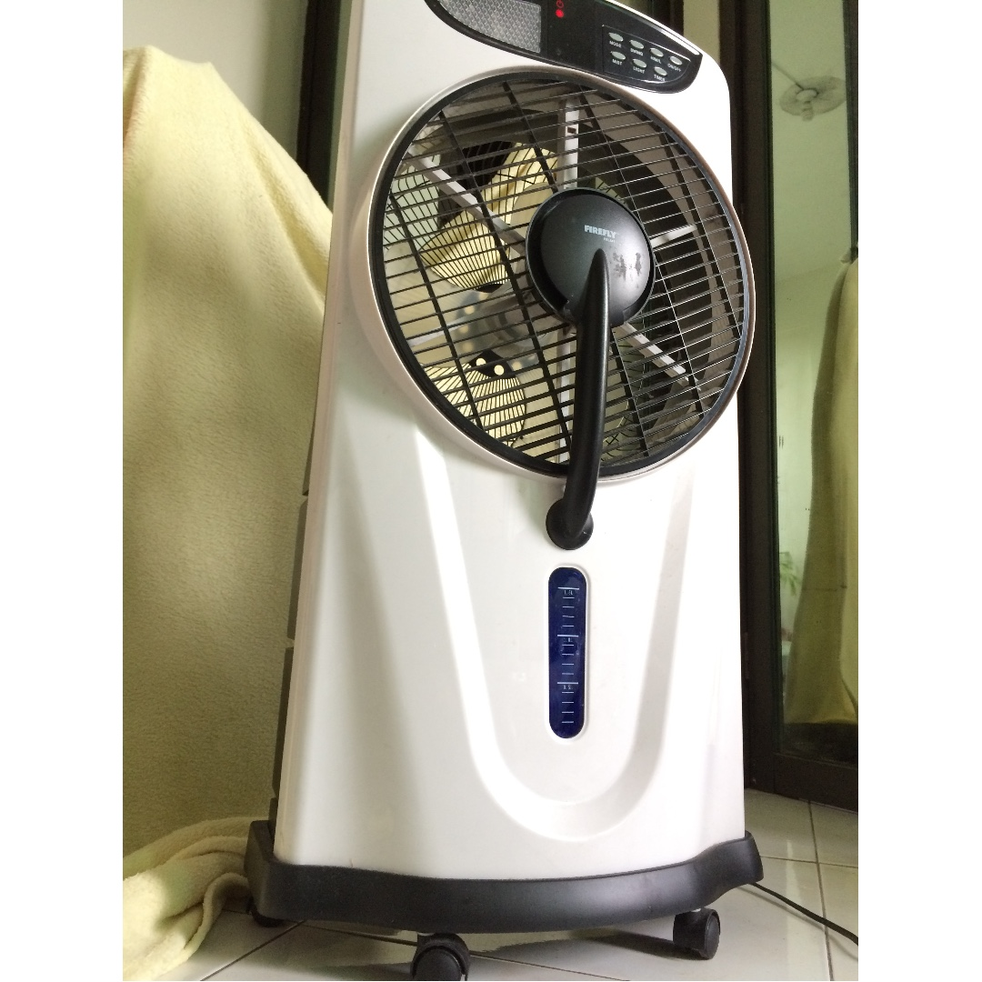 Oscillating 3-Speed Water Mist Fan with 9 LED Night Light