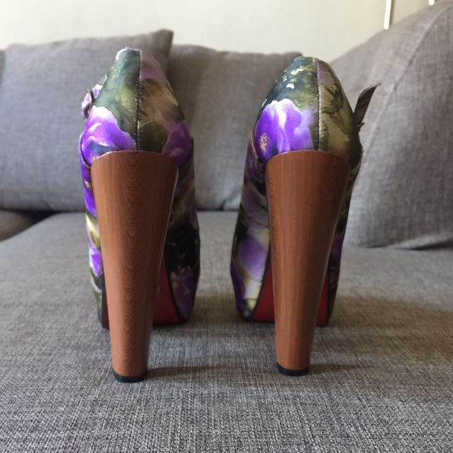 Parisian floral Pumps