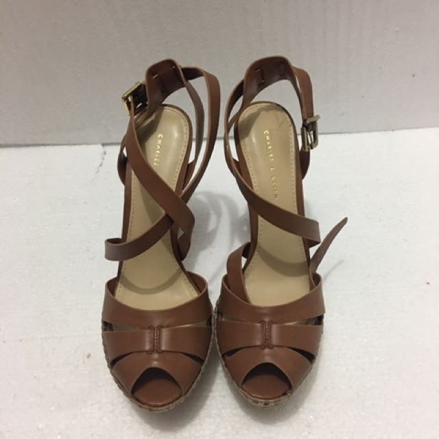 Preloved Charles & Keith 100% AUTHENTIC
