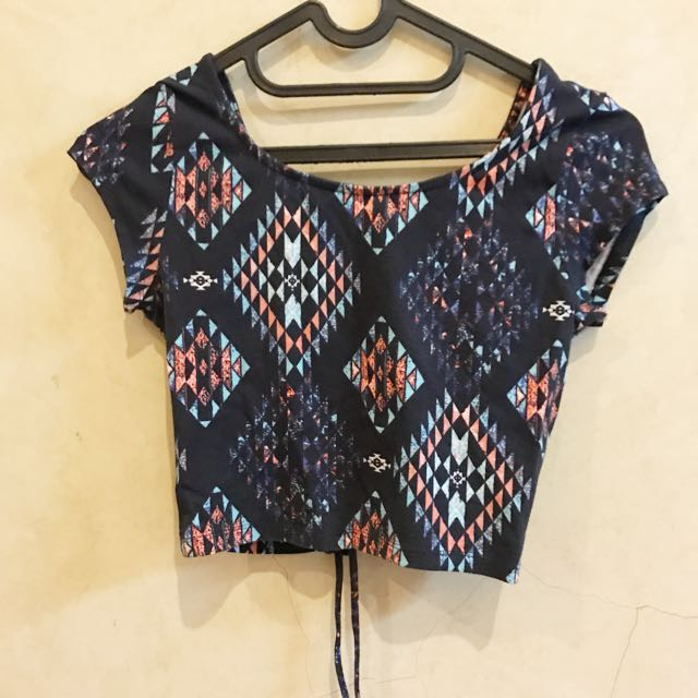 Pull&Bear Cropped Top
