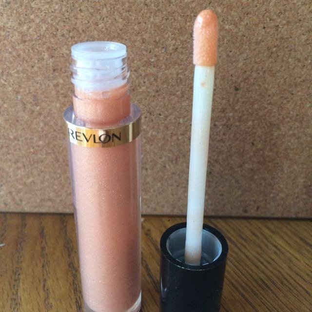 Revlon Super Luxurious Lip Gloss