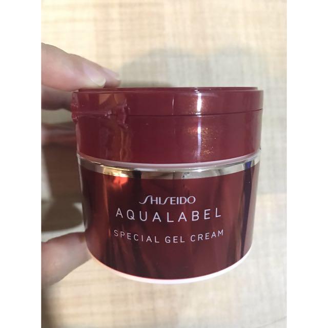 Shiseido - Aqualabel Special Gel Cream