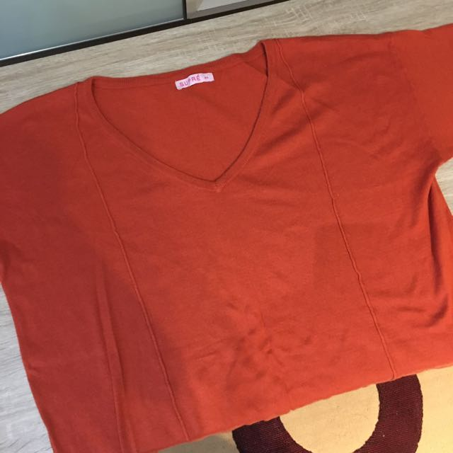 Size Small Over Size Style Top