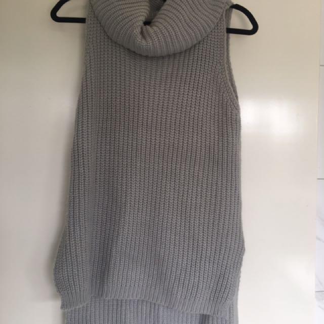 Sleeveless Grey Knit Turtleneck