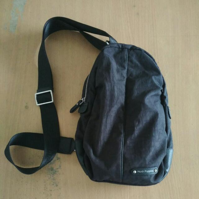 Tas Slempang Hush Puppies 208341e7a9