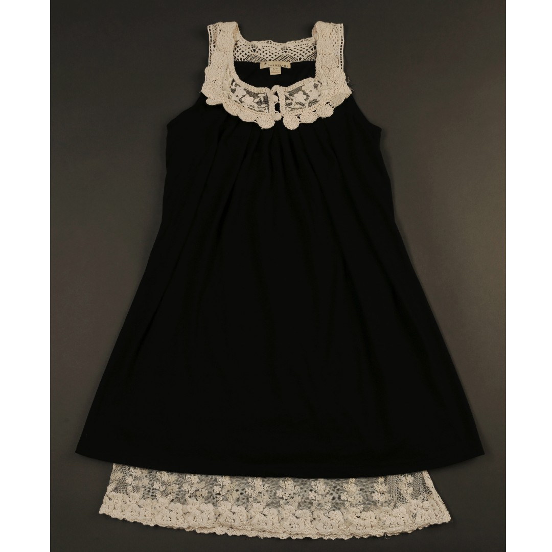 TWENTY ONE Black Dress With Lace Accent