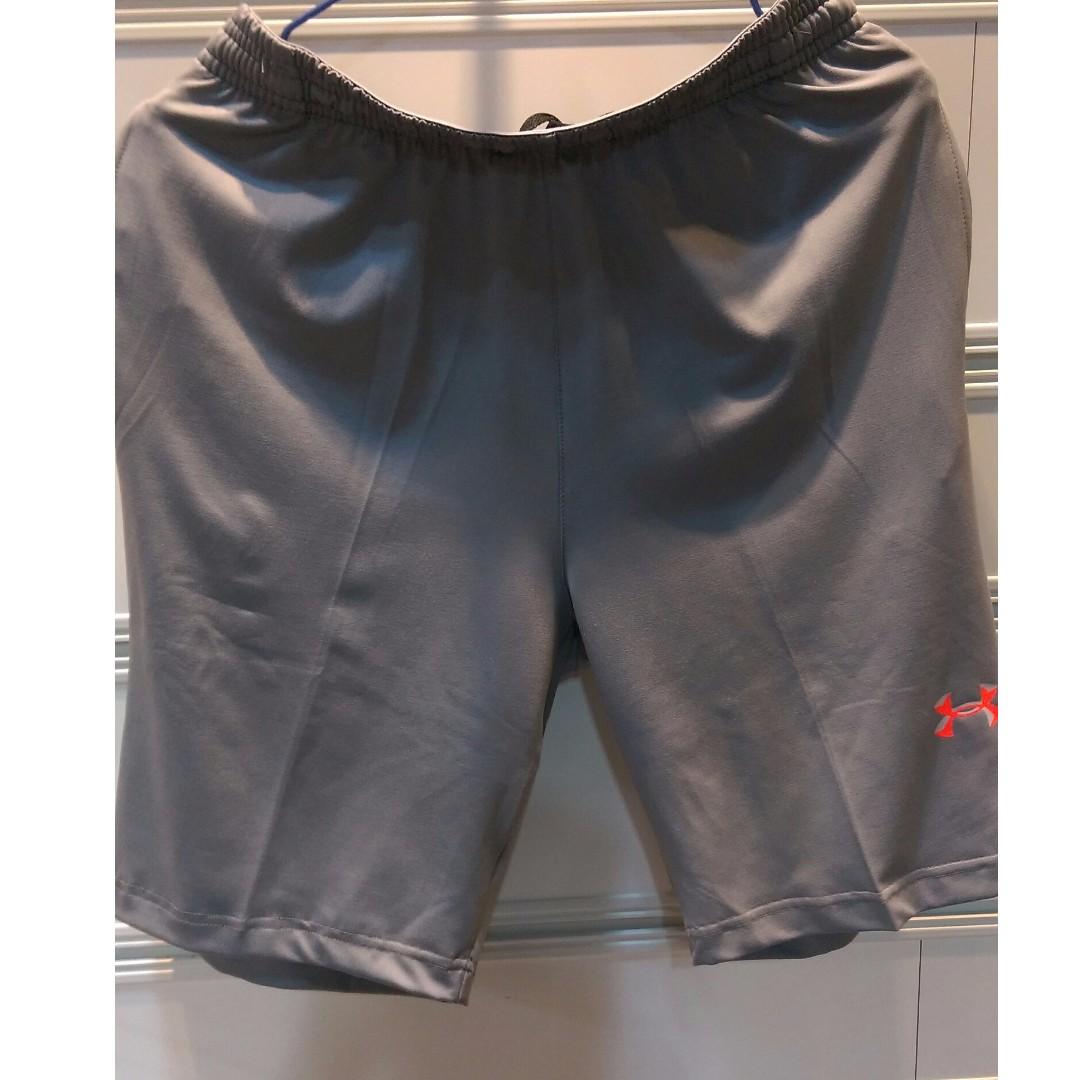 UA男性彈性短褲