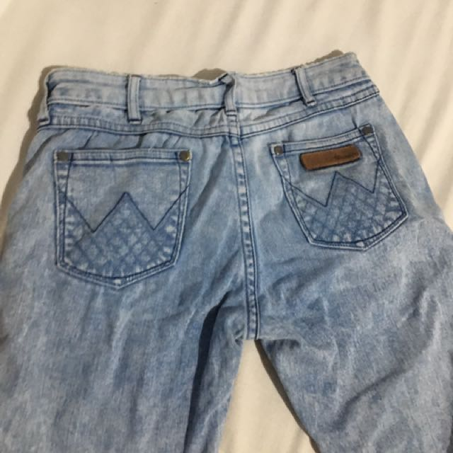 Wrangler Distressed Jeans