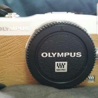 Olympus Pen Mini E-PM1 Digital Camera 12MP