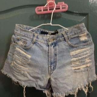 6成新)28腰牛仔短褲