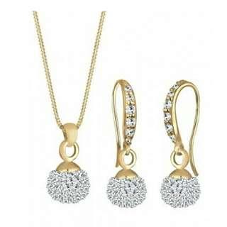 Elli Germany 925 Silver Anting Lapis Emas 24K Sparkling Swarovski Crystals Putih