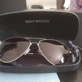 TONY BIANCO Aviator Sunglasses