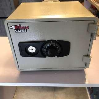 Key Lock Safe Box