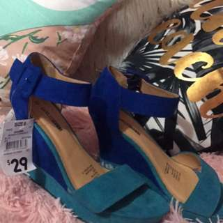 Turquoise And Dark Blue Heels