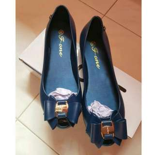 Blue flats pumps