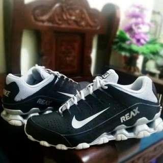 Nike Reax Run 8 Cross Trainer Shoes