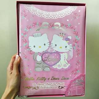 Hello Kitty Wedding Certificate Holder with Photo Frame