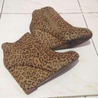 Wade Boots
