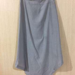 Baiter造型裙子,下擺可扣扣子/不扣為不規則裙子
