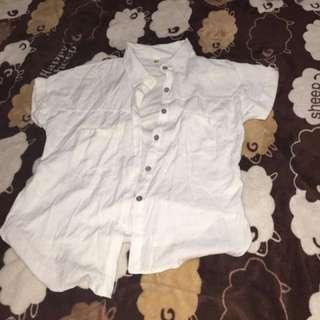 白色短袖襯衫👕