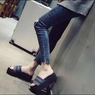 圖騰厚底鞋