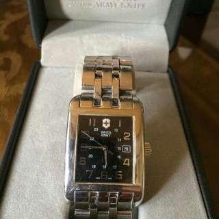 Repriced!!! Victorinox Swiss Army Men's Watch Swiss Made Orig Price $375