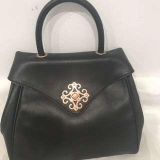 Jaspal Black Leather Handbag