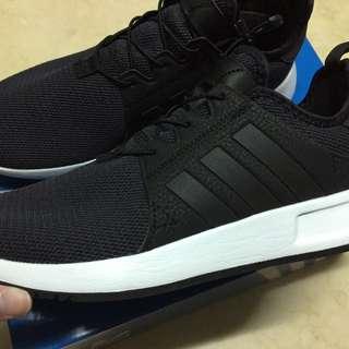 Adidas Xplr 黑色球鞋