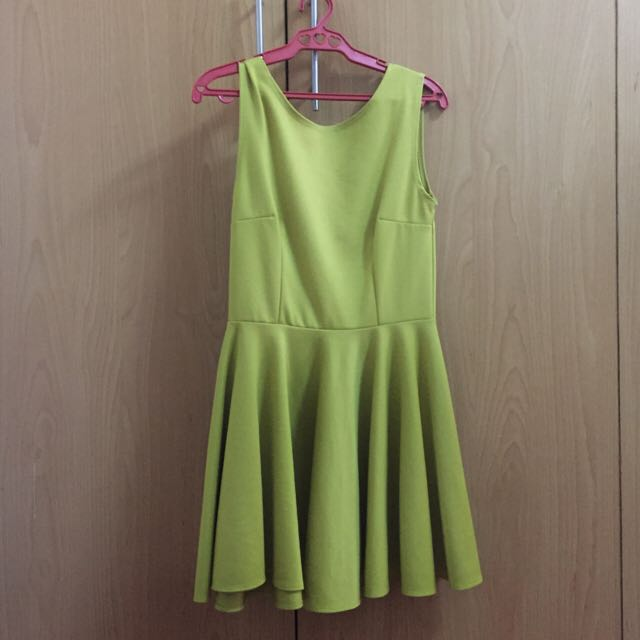 Apple Green Bow Dress