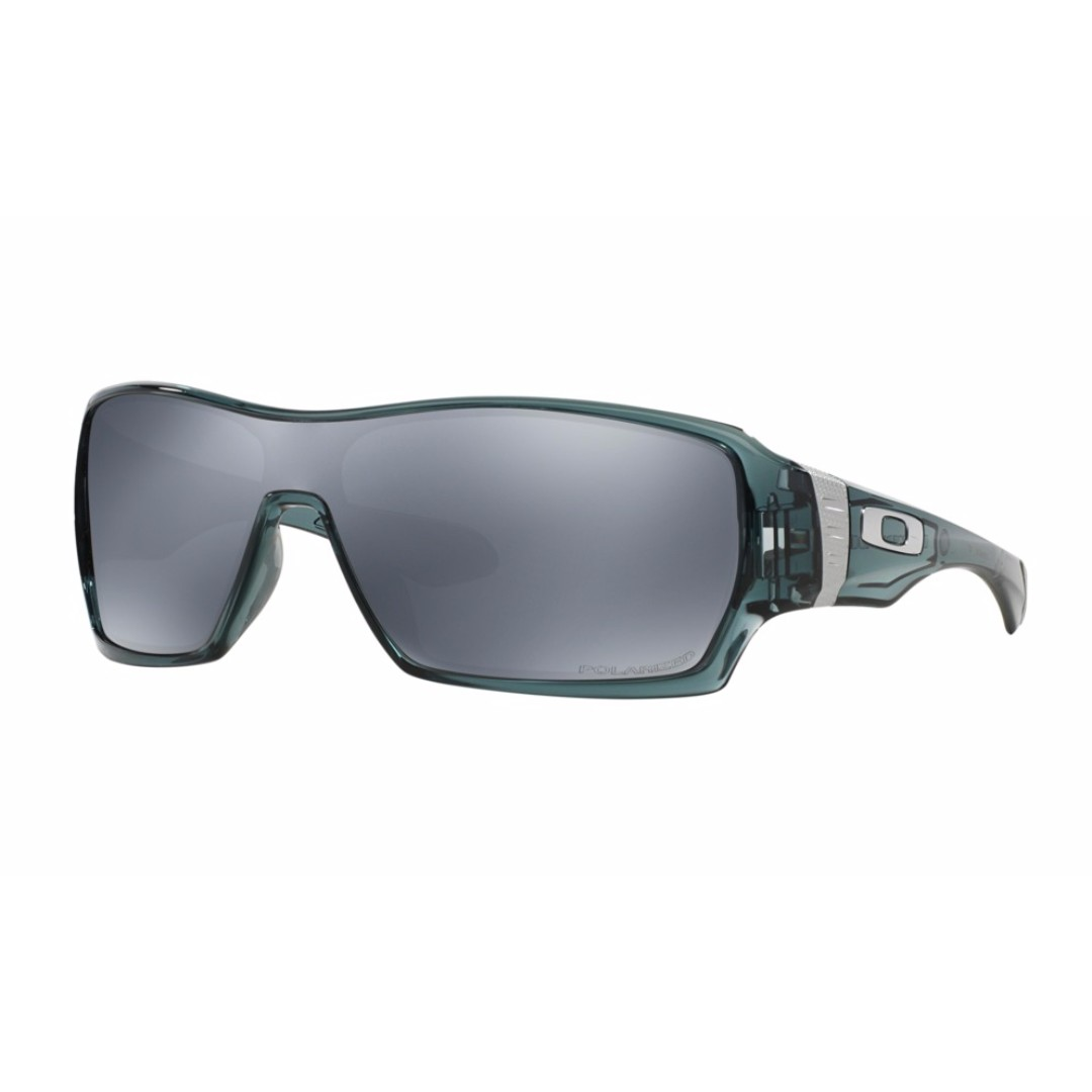 3388d5b11f Authentic Brand New Oakley OO9190-05 crystal black OFFSHOOT™ POLARIZED  Sunglasses