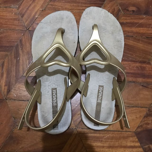 AUTHENTIC Ipanema Slippers Size 35-36