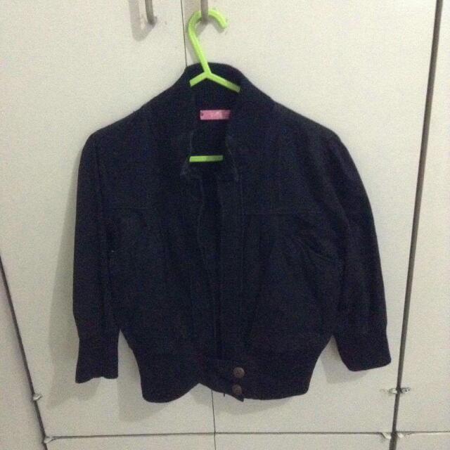 BETTY Cropped Jacket