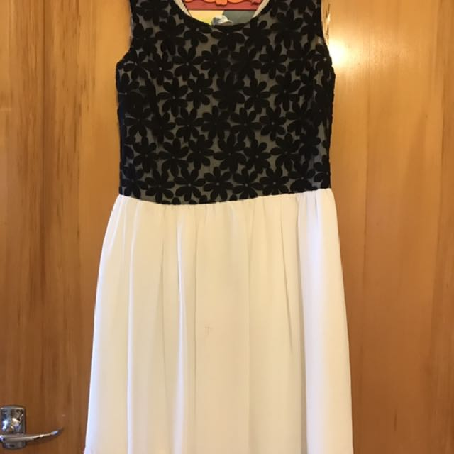 Black and White Glassons Dress