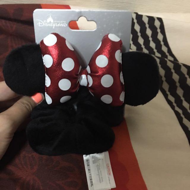 BNWT Minnie Mouse Scrunchie