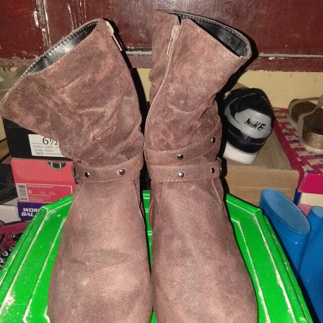 Repriced Boots Size 7
