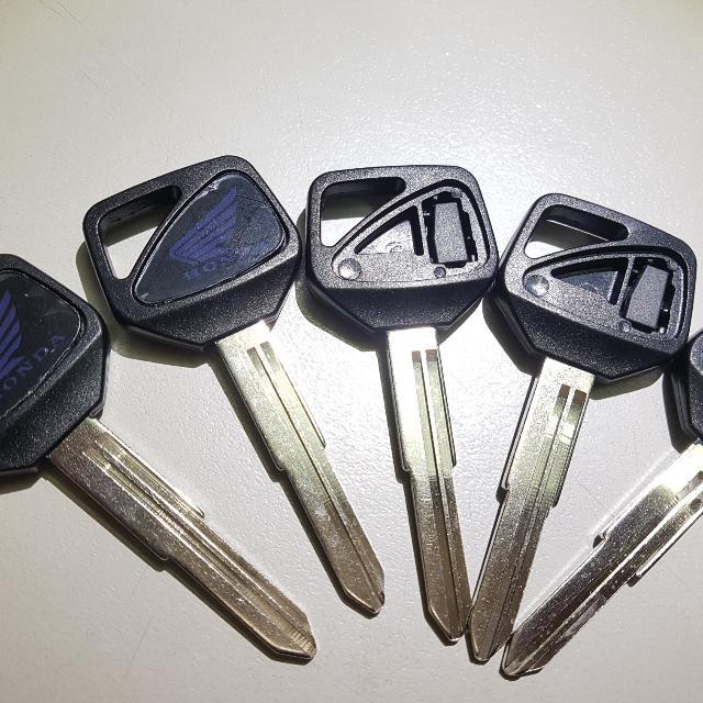 Cb400 HISS blank keys with Transponder