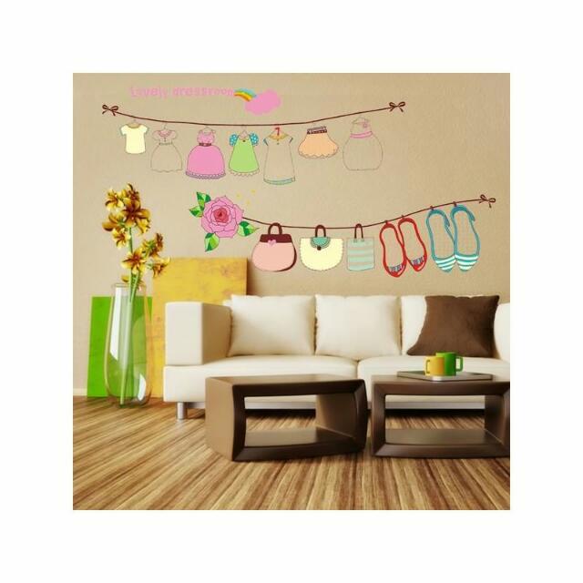 Dressroom Wallpaper
