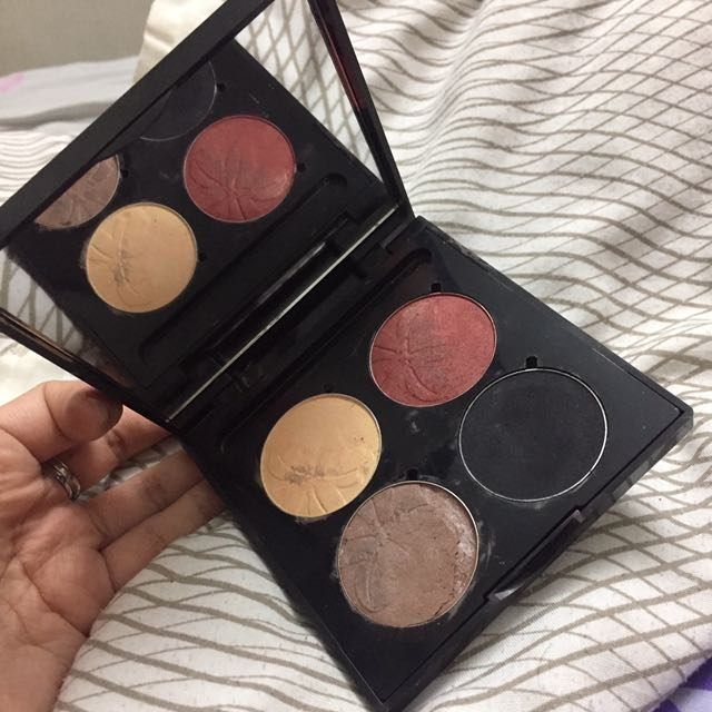 Elianto Eyeshadows