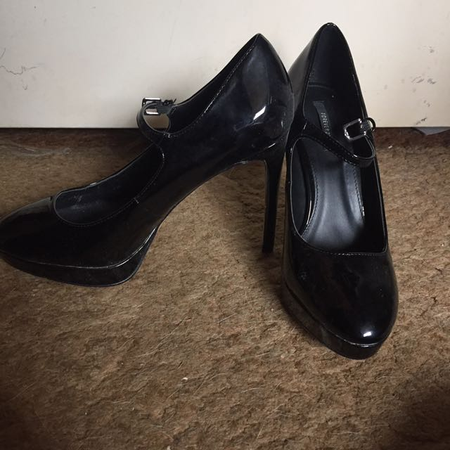 Forever21 Shoes Size 10