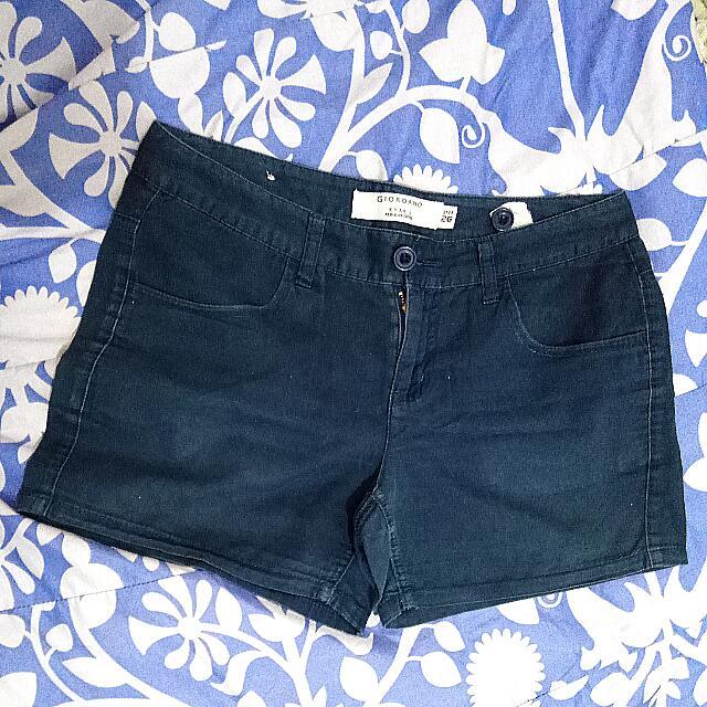 Giordano Regular Shorts ( Hot Pants )
