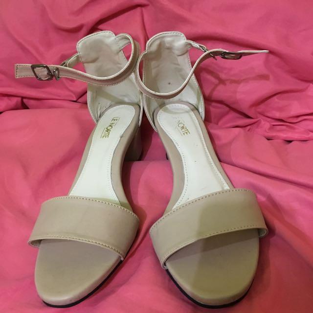high heels zoey nude