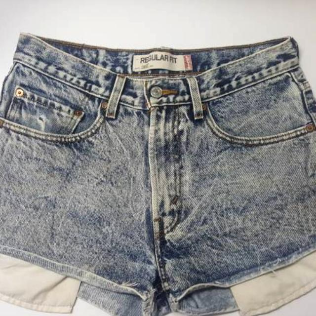 Levi's Stone Wash High Waisted Shorts