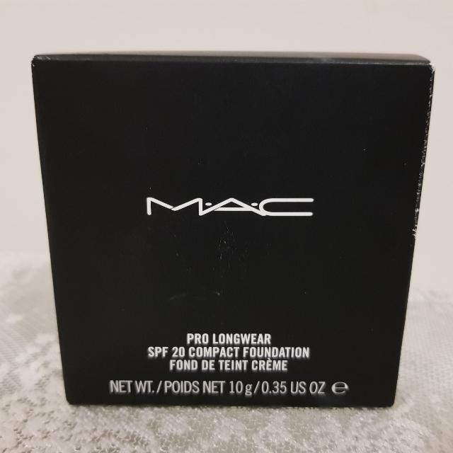 MAC compact Foundation