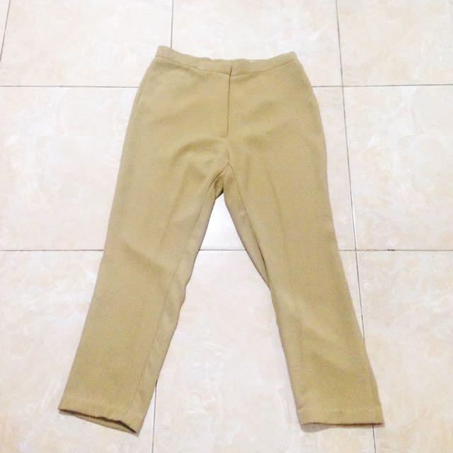 Mid Design Khaki Culottes ( Celana Kulot Panjang Coklat Muda )