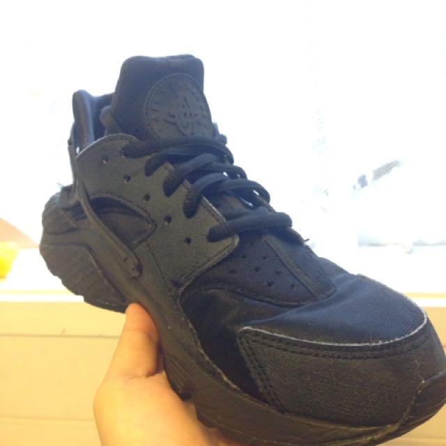 Nike Huaraches Size 8