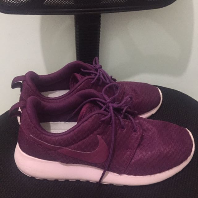 Original Nike Roshe Run