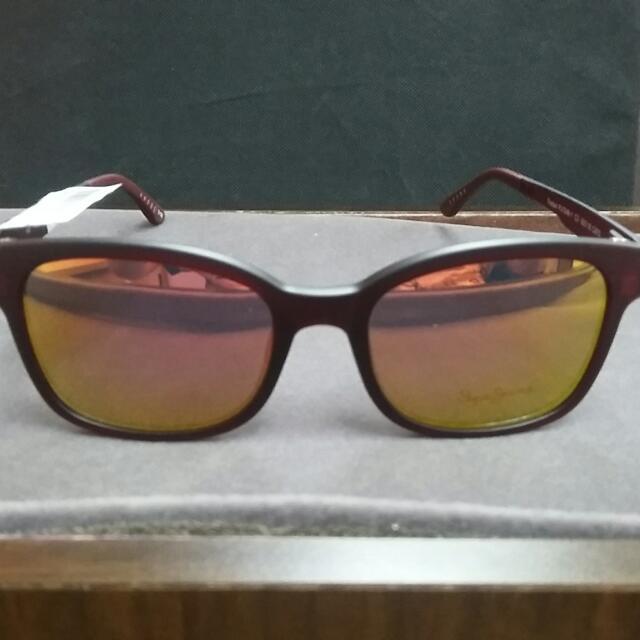 Pepe Jeans London Clip On Sunglasses